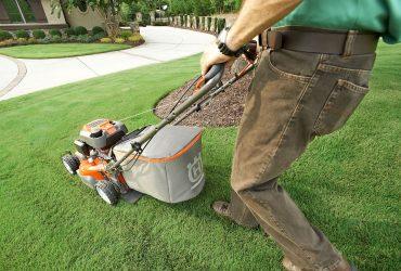 lawn care professional in Australia